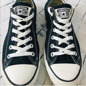 Converse low top black